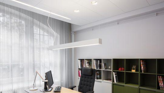 Stand-alone fixture for office lighting