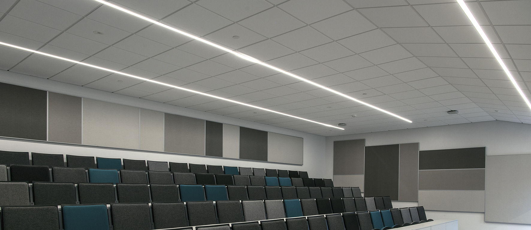 Connectable lighting fixtures